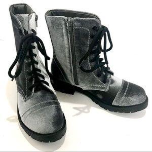 Madden Girl Rex Boot Grey Velvet Size 8M